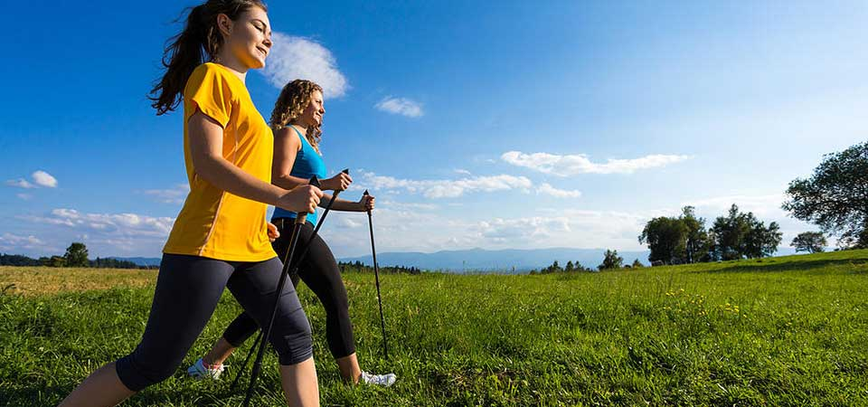 corsi-nordic-walking-in-villa-a-roma